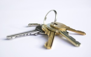 keys 300x190 How To Ensure Closing On Your West Knoxville Home Goes Smoothly