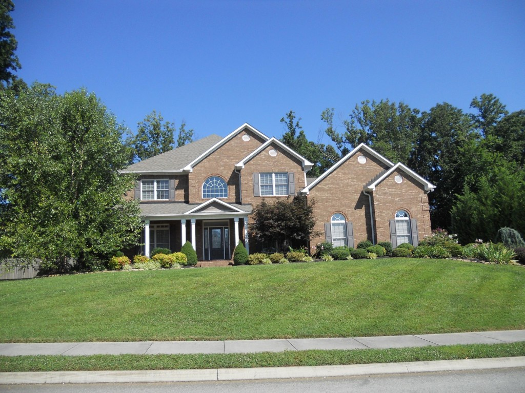 The big orange press west knoxville house hunters fox for Home builders in knoxville tennessee